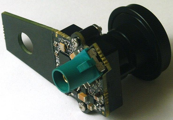 基于OV10640与DS90UB913A组合的1.3M 摄像头模块电路设计